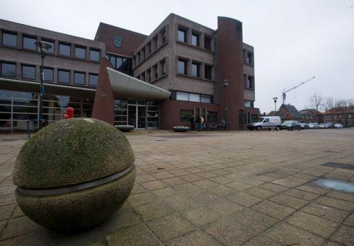 Schriftelijke vragen over bestemming oude gemeentehuis Waddinxveen | Albert Kerssies
